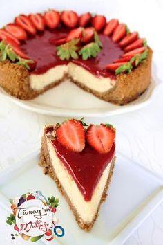 Çilek Soslu Beyaz Çikolatalı Cheesecake....♥ Deniz ♥