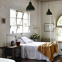 white vintage room bedroom design Home boho bohemian Interior Interior Design house cosy cozy interiors decor decoration living minimalism minimal simple deco clean nordic scandinavian Home Interior, Interior Decorating, Interior Design, Decorating Ideas, Industrial Decorating, Decor Ideas, Industrial Furniture, Industrial Interiors, Loft Interiors