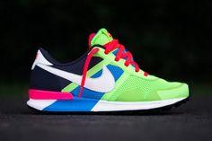 NIKE AIR PEGASUS 83/30 FLASH LIME/SAIL-BLUEHERO-GRIDIRON #sneaker