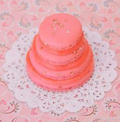 #FrenchMacaron mini cake in South Florida  #weddings #favors #cake Keywords: #floridaweddings #floridaweddingfavors  #inspirationandideasforfloridaweddingplanning #jevel #jevelweddingplanning Follow Us: www.jevelweddingplanning.com www.pinterest.com/jevelwedding/ www.facebook.com/jevelweddingplanning/ https://plus.google.com/u/0/105109573846210973606/ www.twitter.com/jevelwedding/