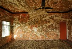 These intricate classroom murals in Bihar, India are made entirely from mud.
