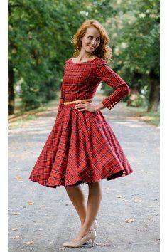 Červené kárované šaty s rukávy ADELE lodičkový výstřih dlouhý rukáv ukončený knoflíčky (barvu si můžete vybrat) kolová sukně součástí je pásek v různých barvách délka sukně 60 cm, zip na zádech