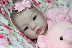 O Curso Bebê Reborn foi desenvolvido pela Ana Paula Alves mais conhecida como ANA REBORN, uma das maiores especialistas do Brasil em Bebê Reborn. Através do Curso Bebê Reborn é possível criar qualq…