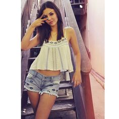 Victoria Justice #OOTD. All eyes on me... literally though.