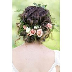 Flower crowns ❤ liked on Polyvore featuring accessories, hair accessories, flowers, flower garland, flower crowns, floral crown, floral garland and flower hair accessories