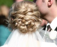Wedding Hair - Visit www.eledahats.co.uk for all your bridal headpieces or hair ornaments.  We can create bespoke bridal headwear to perfectly compliment your wedding dress.