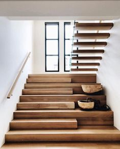 Home Remodel Ideas Stairs Ideas home Ideas Remodel Home Stairs Design, Interior Stairs, Modern House Design, Home Interior Design, Modern Stairs Design, Stair Design, Modern Houses, Stairs Architecture, Interior Architecture