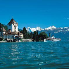 Cruises - Lake Thun and Lake Brienz - Interlaken Tourismus Davos, Zermatt, Lausanne, Places To Travel, Travel Destinations, Places To Visit, Lake Thun, Grindelwald, Belgium Germany