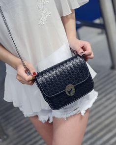 Summer Chain Ladies Satchel Bag Vintage Woven Women Messenger Bags Mini Plaid Solid Bag Flap B57D3-in Crossbody Bags from Luggage & Bags on Aliexpress.com US $16.99