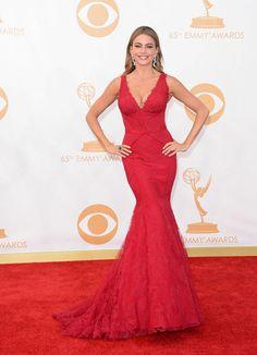 Sofia Vergara - Vera Wang Red Lace Gown, Dress Red, Dress Lace, Emmi, Heidi Klum, Dress Picture, Red Carpet Fashion, Nice Dresses, Beautiful Dresses