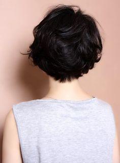 黒髪カールボブ