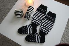 Aina on aihetta leipoa kakku. Boot Cuffs, Marimekko, Diy Projects To Try, Diy And Crafts, Knit Crochet, Socks, Knitting Ideas, Knits, Fashion