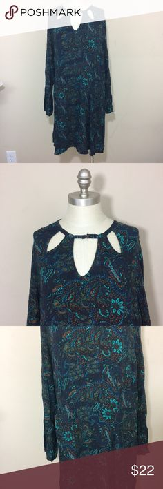 "American Eagle Paisley Floral choker dress XXL American eagle dress size XXL. Length is 38"". Super cute and flowy! American Eagle Outfitters Dresses Long Sleeve"