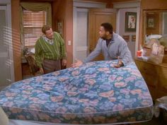 """""""What happened? Did you pour the soup through a fan""""? King Of Queens, Rules Of Engagement, Seinfeld, Favorite Tv Shows, Soup, Fan, Shit Happens, Games, Movies"""