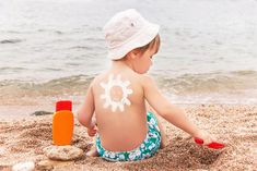 Is Your Sunscreen Making Your Period & Fertility Issues Worse? - from Flo Living Spray Sunscreen, Natural Sunscreen, Wear Sunscreen, Ufc, Coto Umbilical, Flo Living, Sun Lotion, Sun Care, Summer Sun