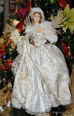 """Victorian Christmas Angel"" by Marjorie Wallace Christmas Tree Angel, Christmas Tree Tops, Christmas Past, Christmas Holidays, Christmas Sewing, Christmas Crafts, Christmas Decorations, Christmas Ornaments, Victorian Crafts"