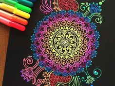1001 ideas on mandala paint excellent instructions Mandala Art Lesson, Mandala Drawing, Mandala Painting, Gel Pen Art, Gel Pens, Trippy Painting, Neon Painting, Site Art, Henna Inspired Tattoos