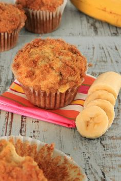 Crumb Topped Banana Muffins | Sweet Foodz  Made without the topping; 17 mins instead of 20