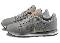 Reebok Classic Leather R12 TXT Sneakers