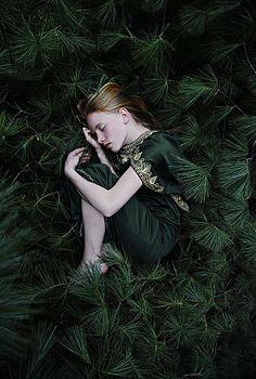 Rich green - Creative portrait photography by Susannah Benjamin