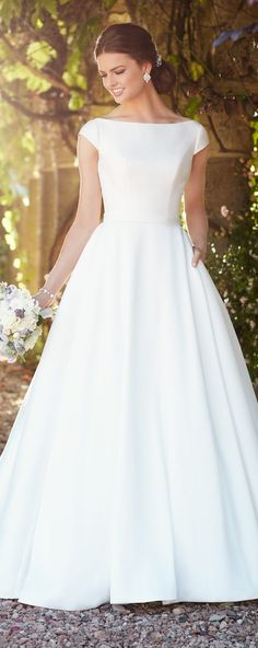 Simple Wedding Dresses Inspired by Meghan Markle | Essense of Australia 2017 Bridal Collection off the shoulder ball gown wedding dress | Sleek romantic princess bridal gown#weddingdress#weddingdresses#bridalgown#bridal#bridalgowns#weddinggown#bridetobe#weddings#bride#weddinginspiration#dreamdress#fashionista#weddingideas#bridalcollection#bridaldress#fashion#dressSee more gorgeous bridal gowns by clicking on the photo