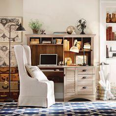 Beachcrest Home Pinellas Computer Desk with Hutch & Storage