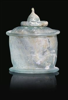 A ROMAN PALE BLUE GLASS LIDDED PYXIS OR INKWELL 1ST CENTURY AD