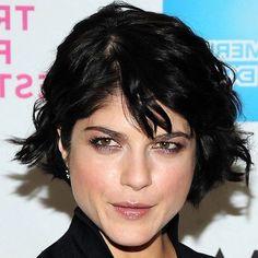 Tagli capelli ricci corti inverno 2014: chioma morbida e leggermente asimmetrica…