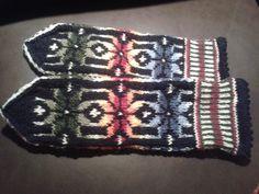Karis-vante, mönster nedtecknat av Eila Wegelius, originalmönster gjort av Dagmar Björklund Blanket, Crochet, Ganchillo, Blankets, Cover, Crocheting, Comforters, Knits, Chrochet