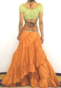 Mexican Skirt Flamenco Skirt Spanish Skirt Dance by BlondellaLife Bohemian Style Clothing, Gypsy Style, Boho Gypsy, Gypsy Clothing, Steampunk Clothing, Steampunk Fashion, Boho Style, Dance Outfits, Boho Outfits