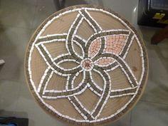 Terracota Mosaic Flower Coffee Table WIP 3 Tulay My sudent's mosaic. Terracota on mdf coffee table. Mosaic Tile Art, Pebble Mosaic, Mosaic Crafts, Mosaic Projects, Stone Mosaic, Mosaic Glass, Glass Art, Mosaic Designs, Mosaic Patterns