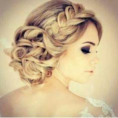 #brideshair with a twist