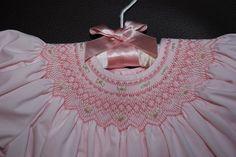 first bishop - smocking detail Girl Dress Patterns, Vintage Dress Patterns, Skirt Patterns, Coat Patterns, Blouse Patterns, Vintage Sewing, Smocking Plates, Smocking Patterns, Smocked Baby Clothes