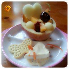 Queso, galletas y fruta