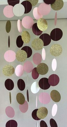 61 ideas for party decorations gold diy Bridal Shower Centerpieces, Gold Wedding Decorations, Diy Wedding Decorations, Paper Decorations, Birthday Decorations, Baby Shower Decorations, Paper Garlands, Paper Heart Garland, Wedding Ideas