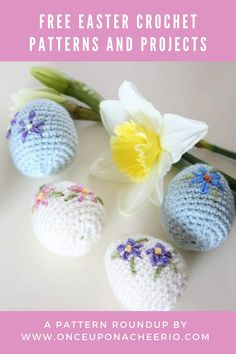 Looking for FREE crochet patterns for Easter? Spring into the season with some crochet Easter eggs, crochet Easter egg cozy, amigurumi bunnies, DIY crochet bunny ears and DIY crochet Easter baskets. Free crochet patterns for beginners that are great for Easter. Diy Crochet Easter Basket, Easter Crochet Patterns, Crochet Bunny, Crochet Patterns For Beginners, Easter Baskets, Free Crochet, Easter Crafts For Adults, Crafts To Sell, Easter Eggs