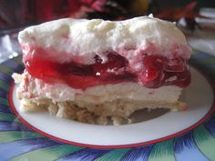 Cherry Cha Cha from Mennonite girls can cook. Lemon velvet with canned cherry pie filling Just Desserts, Delicious Desserts, Dessert Recipes, Cherry Recipes, Dessert Dips, Strawberry Desserts, Yummy Treats, Sweet Treats, Desert Recipes