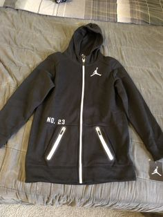 1b5460c739af NIKE AIR JORDAN JUMP MAN YOUTH BOYS LARGE ZIP FRONT HOODIE  fashion   clothing