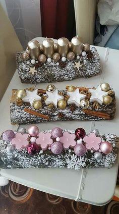 Simple And Popular Christmas Decorations Rose Gold Christmas Decorations, Christmas Advent Wreath, Handmade Christmas Decorations, Christmas Candles, Christmas Centerpieces, Simple Christmas, Christmas Diy, Deco Table Noel, Navidad Diy
