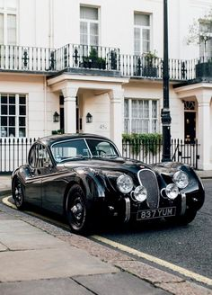 lunaz electrifies classic luxury cars for our future roads - My list of the best classic cars Jaguar Xk120, Remo, Electric Cars, Exotic Cars, Vintage Cars, Retro Cars, Luxury Cars, Cars Motorcycles, Cool Cars