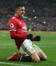 Alexis Sanchez with MU I Love Manchester, Manchester United Players, Alexis Sanchez Manchester United, Messi And Ronaldo, Premier League Champions, Good Soccer Players, Professional Football, Old Trafford, Football Match