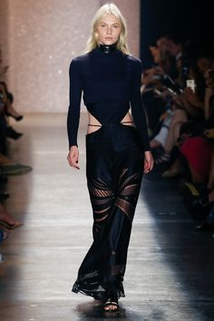 Lilly Sarti São Paulo Fall 2016 Fashion Show. so beautifully geometric