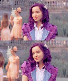 Descendants 2015, Disney Channel Descendants, Dove Cameron Style, Getting Over Her, Disney Decendants, Cameron Boyce, Girl Meets World, Queen, Her Style