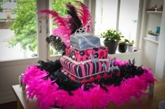 Sweet 16 softball Cupcake Cakes | Our very first Topsy Turvy cake! We had a lot of fun making it. More ... Softball Cupcakes, Sweet 16 Decorations, Sweet 16 Cakes, Cupcake Cakes, Cake Decorating, Birthday Cake, Ariel, Party, How To Make
