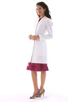 M3 Vera G. Slim Fit Lab Coat