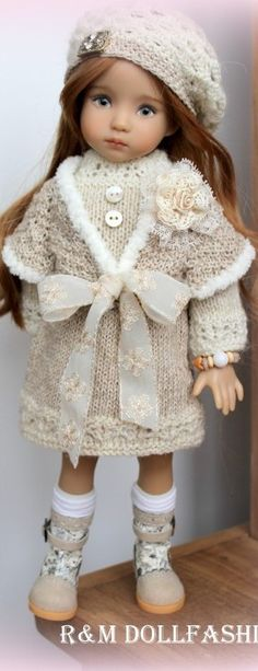 Effner ~ No pattern, just a picture for inspiration. American Doll Clothes, Girl Doll Clothes, Girl Dolls, Baby Dolls, Knitted Dolls, Crochet Dolls, Doll Costume, Little Doll, Child Doll