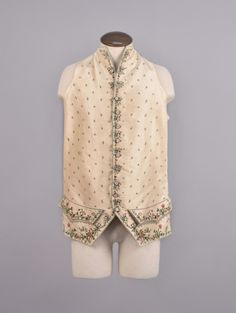 GENTS SILK EMBROIDERED WAISTCOAT, 18th C.