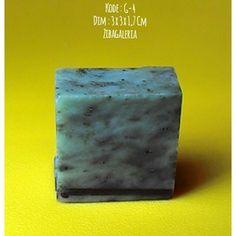 Batu Permata Giok Aceh Asli  Dims : 3,5 x 3 x 1,7 Cm Crystal System : Monoclinic Colour : Light to Dark Form/Habit : Massive Hardness : 6,5 to 7,5 MoHs Lustre : Dull to Waxy Streak : White Origin : Aceh  Harga diatas adalah harga nett. Ongkir Ditanggung Pembeli. Spesimen Batu Giok Nefrit Aceh ini dapat anda jadikan dua permata ukuran jumbo atau empat ukuran sedang untuk keluarga, teman dan orang yang dicintai.  Investasikan nilai rupiah anda yang terus merosot ke dalam batu permata giok aceh…