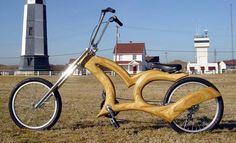 bici con marco en madera de cedro...