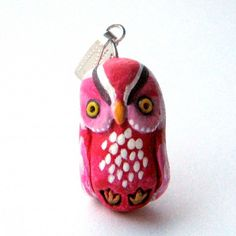 Pink owl pendant, handmade by Lua Tuomi